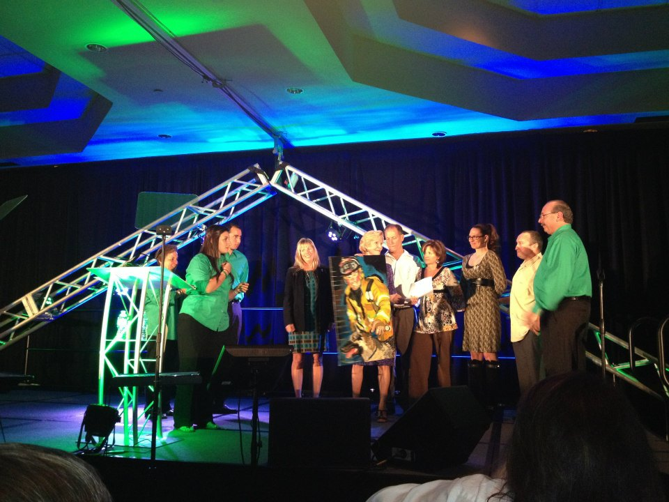 2012-healing-hearts-dinner-michelle-and-family-of-bill-elliott
