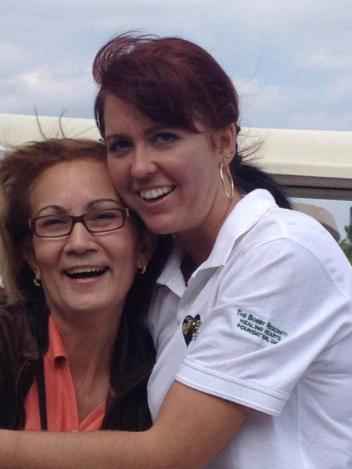 2012-healing-hearts-dinner-golf-tournament-kathirina-and-veronica